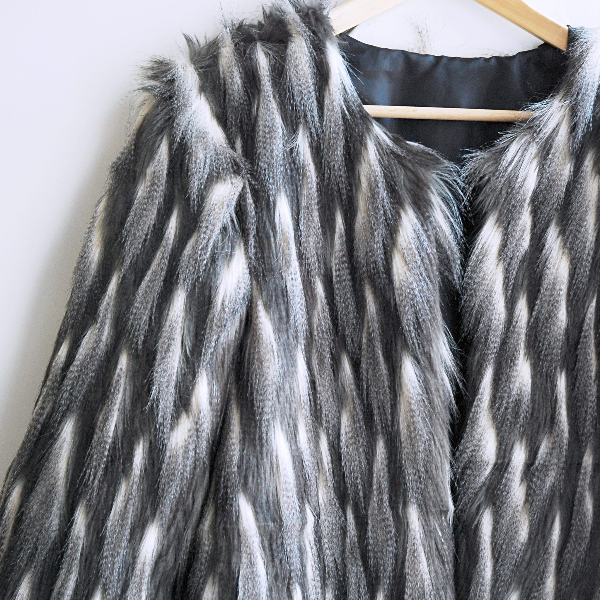 faux_fur_coat3