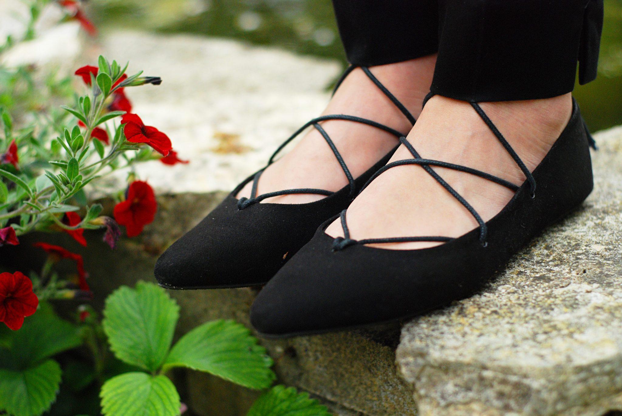 lace-up-shoes