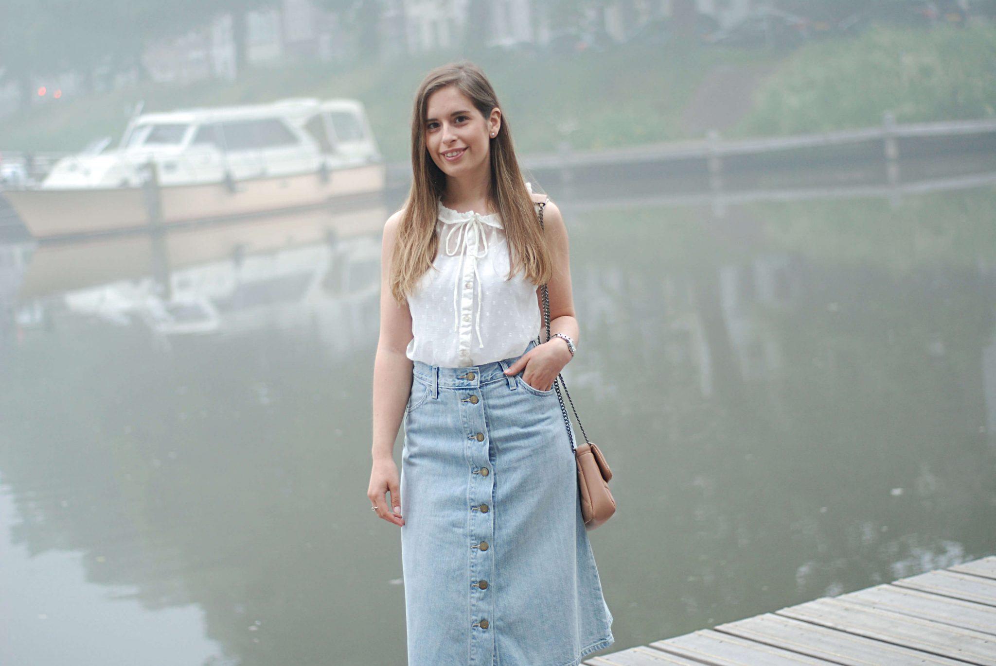 denim-skirt-look