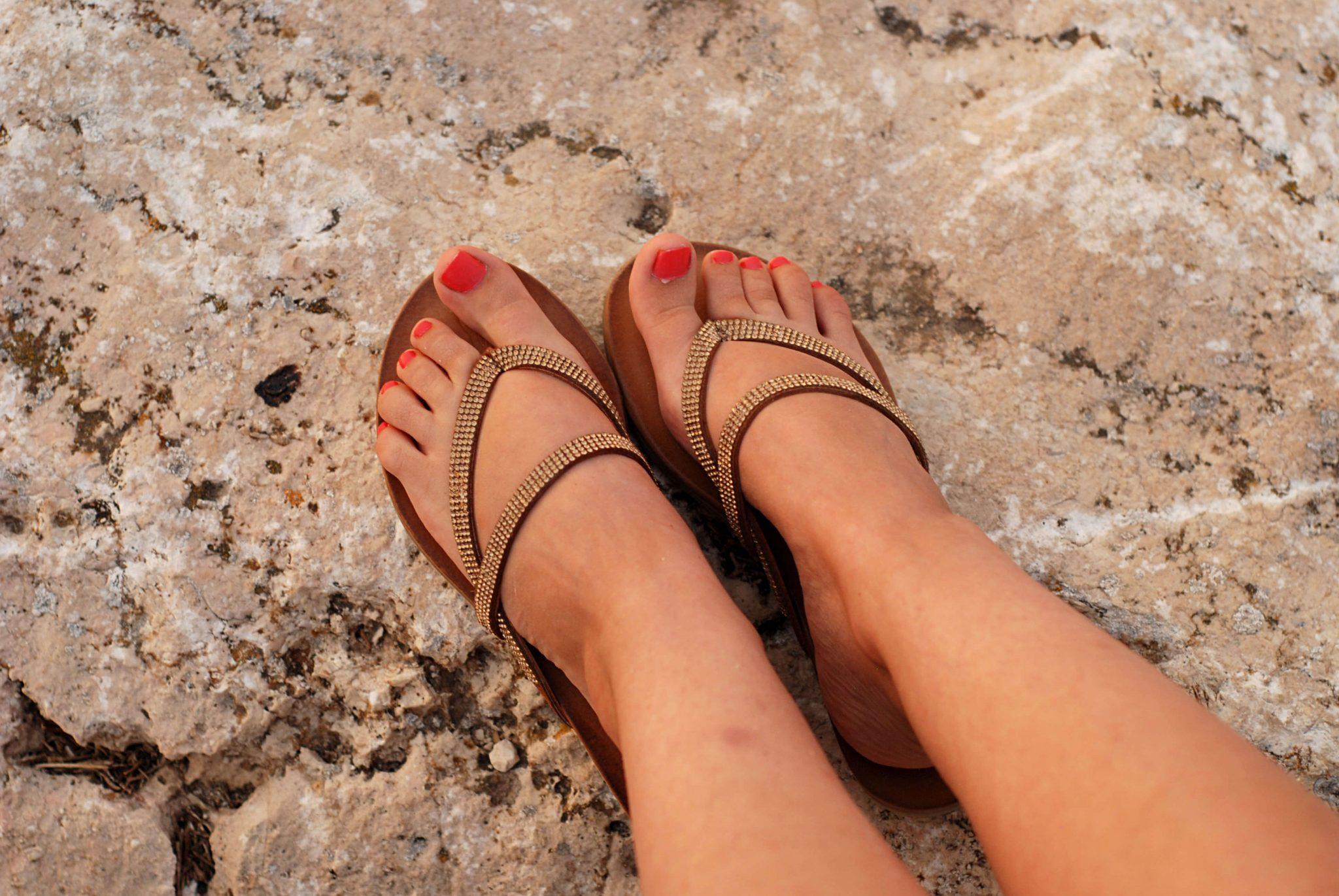 sandals-sacha-gold