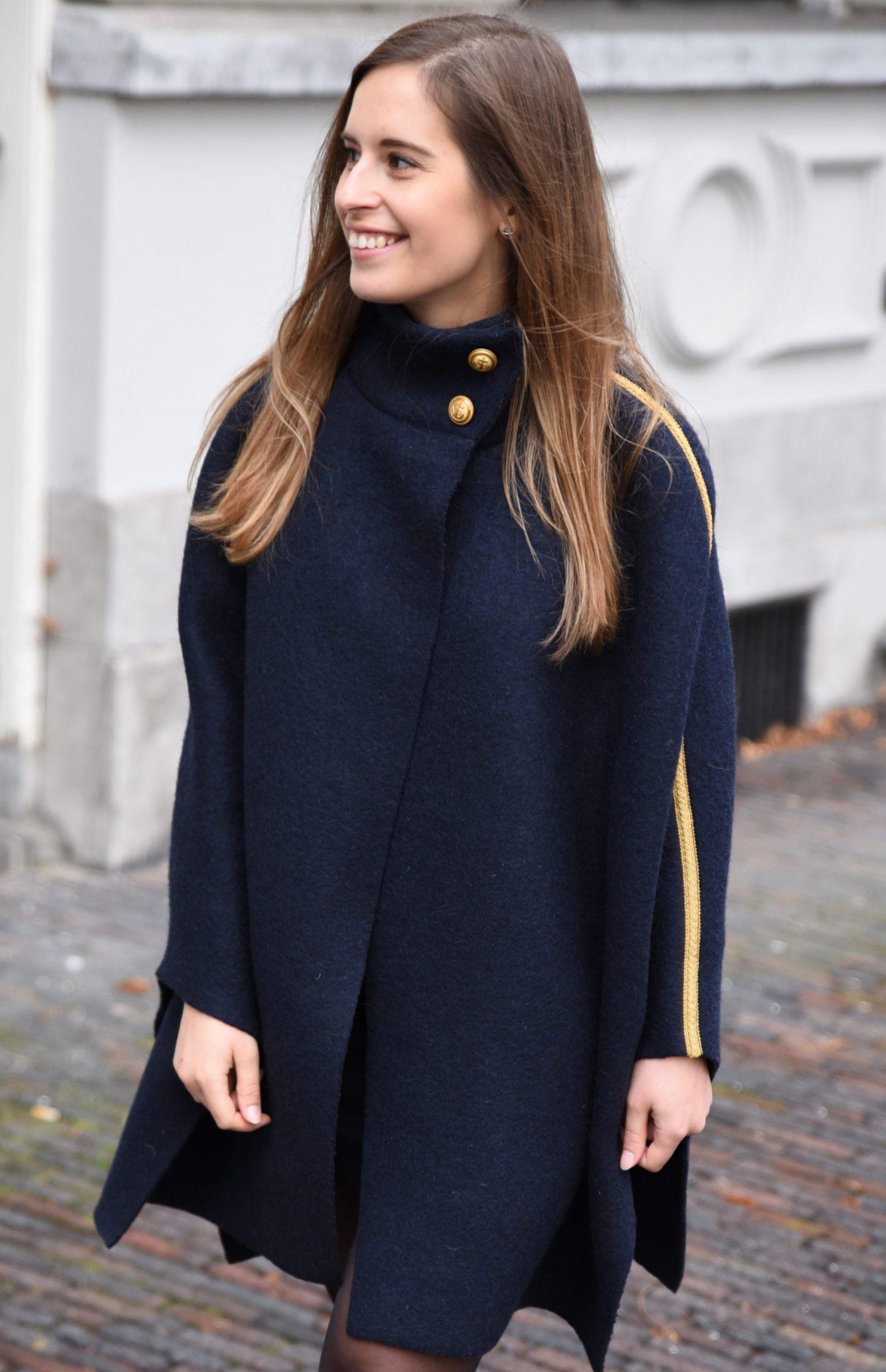 navy-inspired-cape-thepetitecat