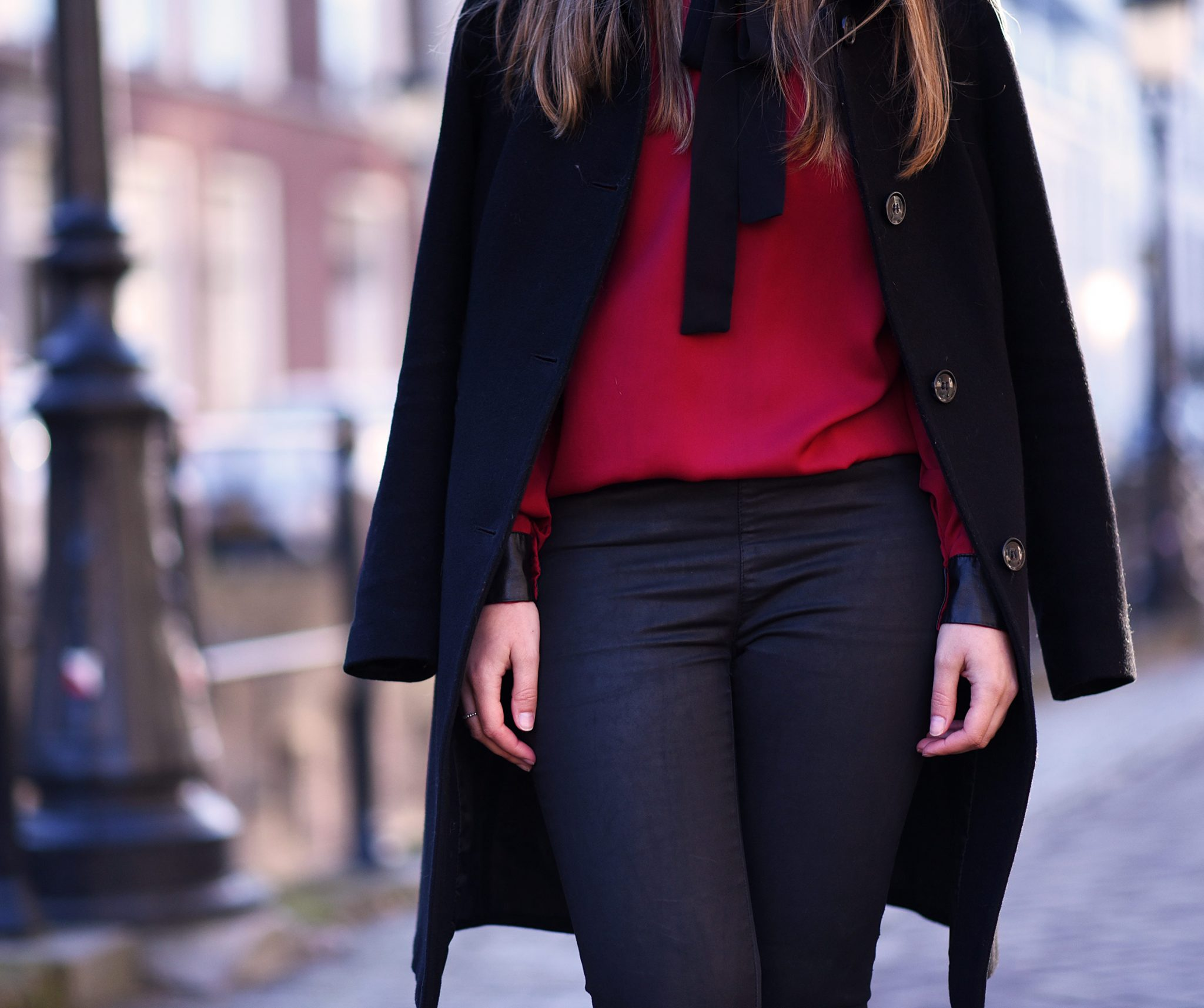 red-blouse-christmas-look-thepetitecat