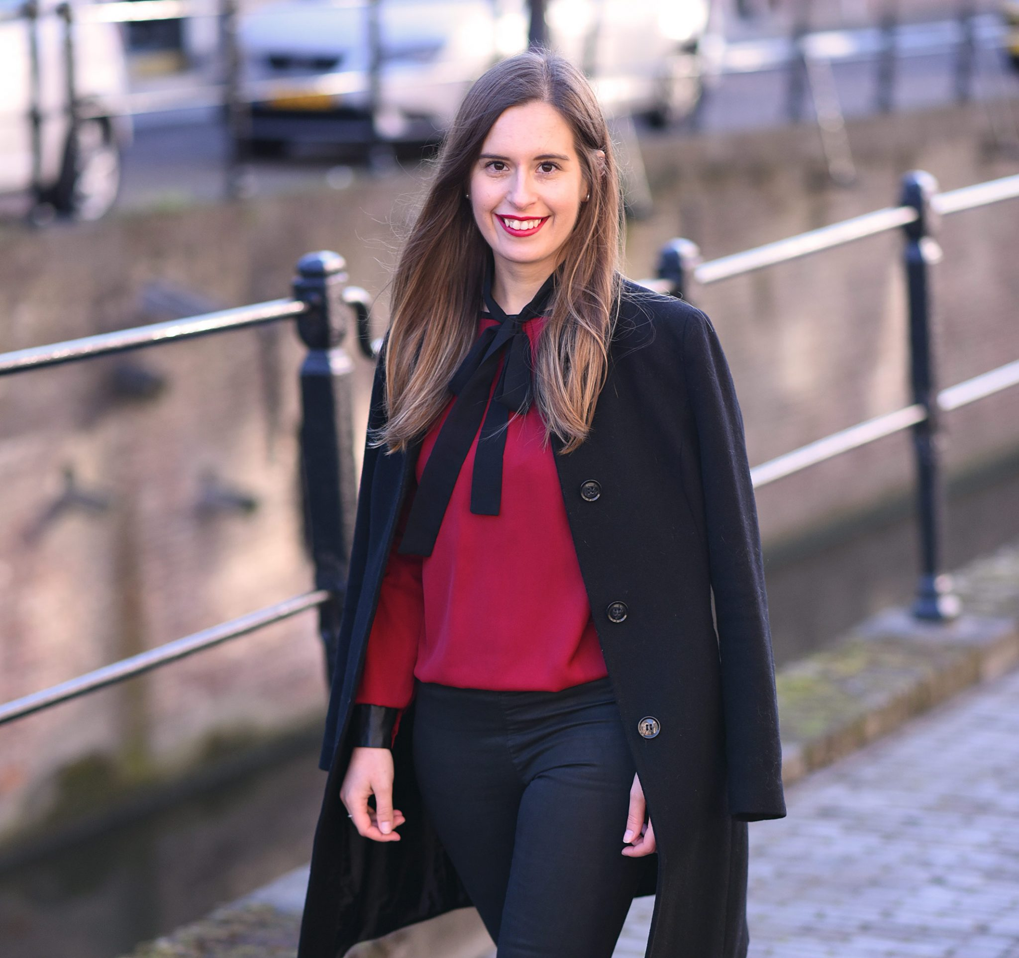 red-blouse-christmas-lookbook-thepetitecat