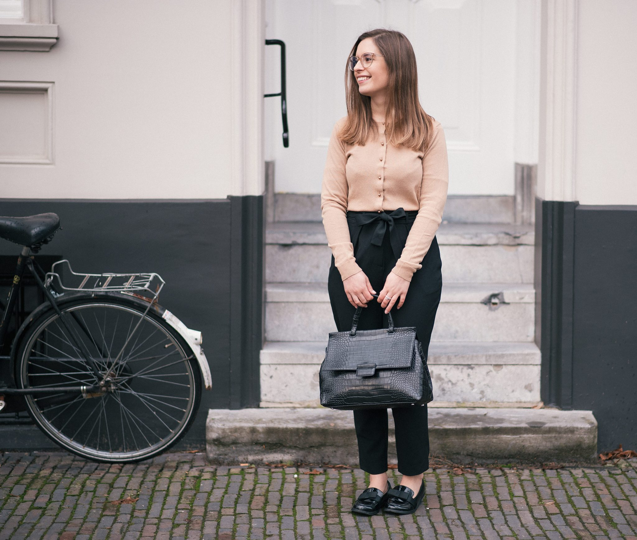 new-frames-polette-the-petite-cat-outfit