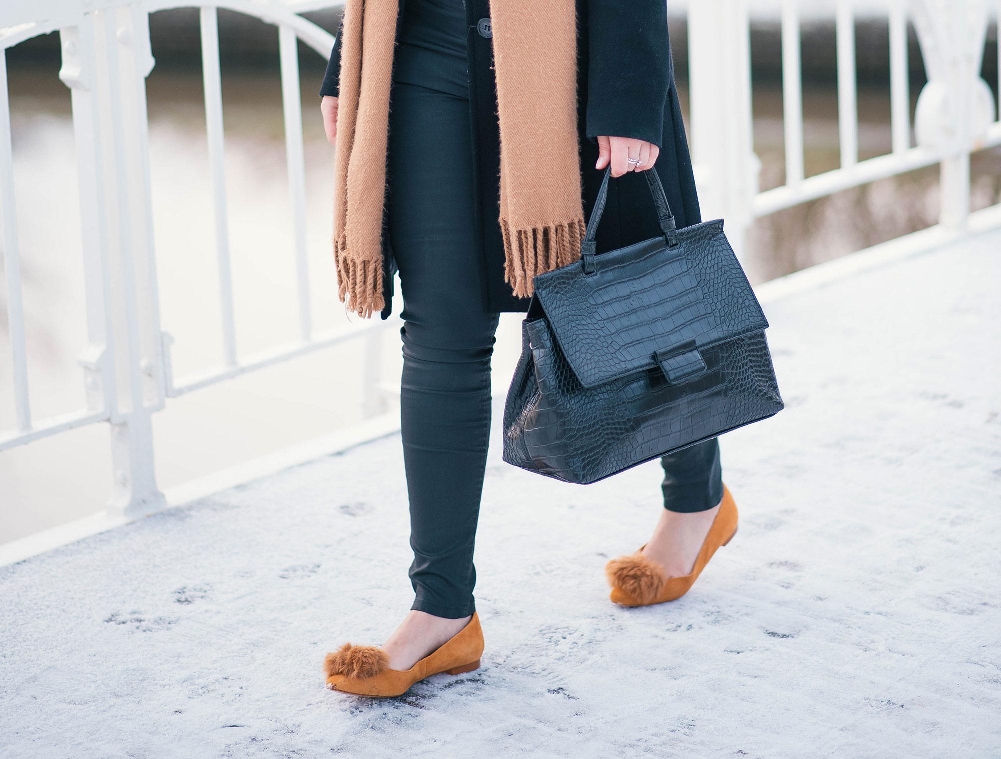 pom-pom-shoes-thepetitecat-style