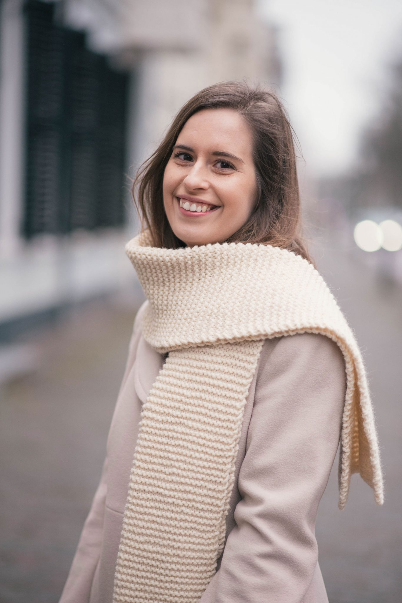pink-beige-hand-knits-scarf-thepetitecat