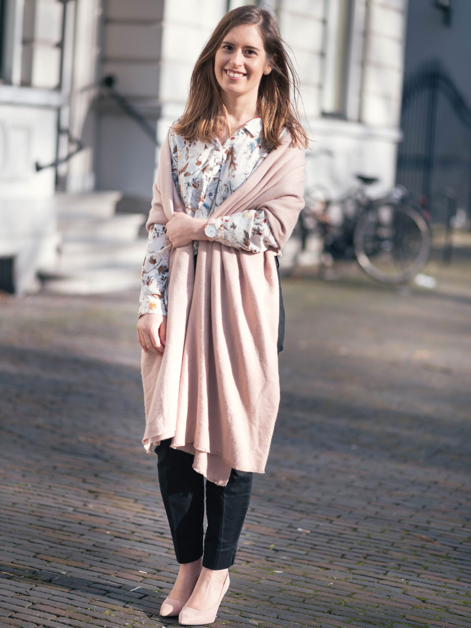 thepetitecat-blush-shades-outfit-inspiration