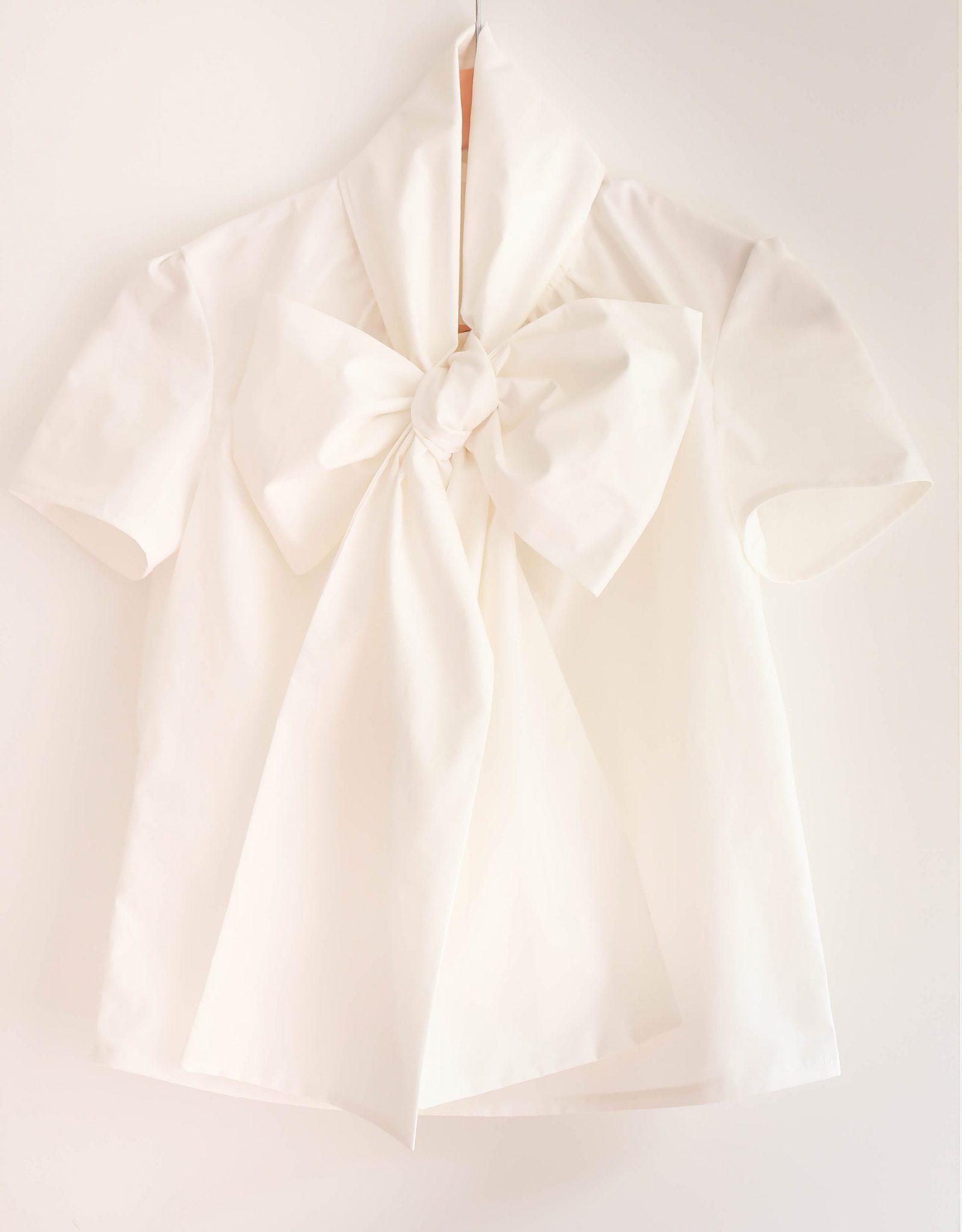 oversized-bow-blouse-burda-thepetitecat