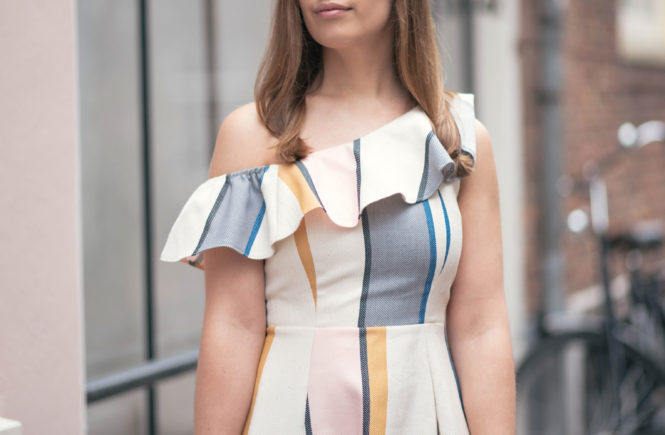 one-shoulder-ruffle-striped-dress-thepetitecat-lookbook