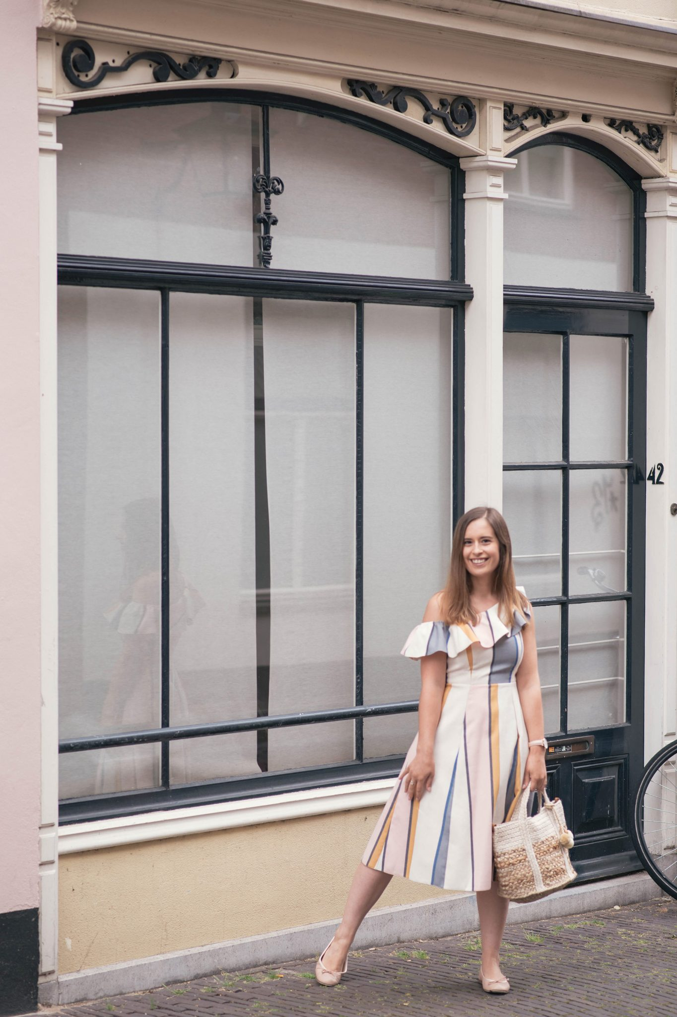 one-shoulder-ruffle-striped-dress-thepetitecat-outfit
