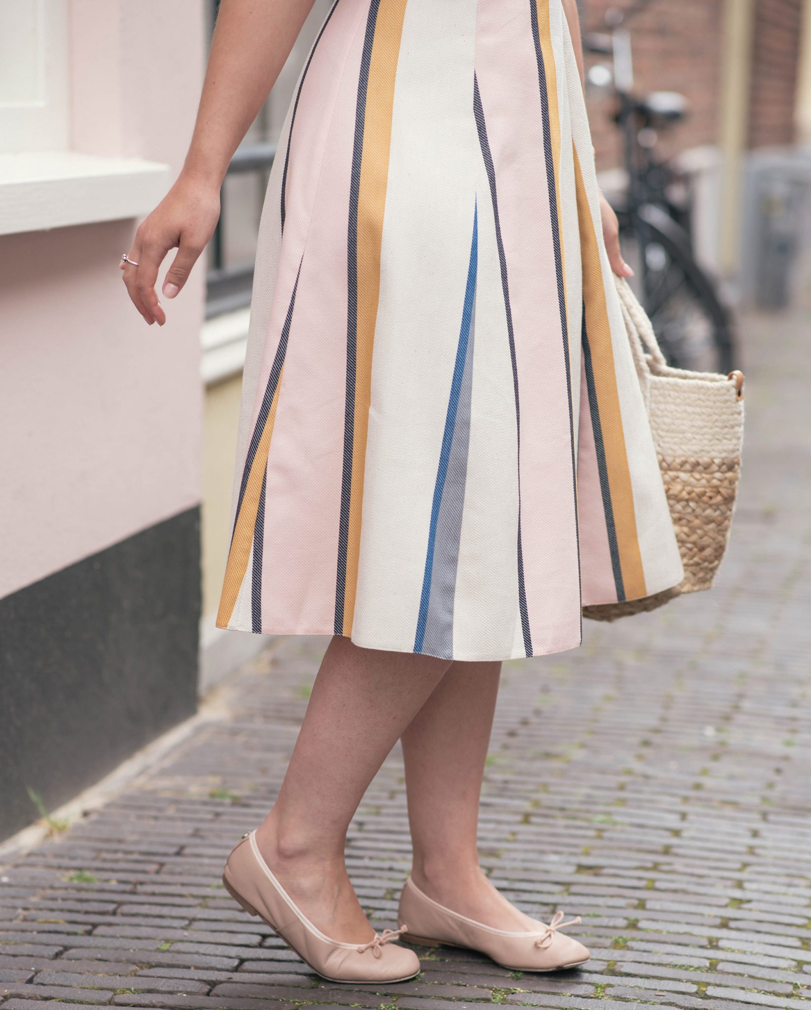 one-shoulder-ruffle-striped-dress-thepetitecat-summer-pastels