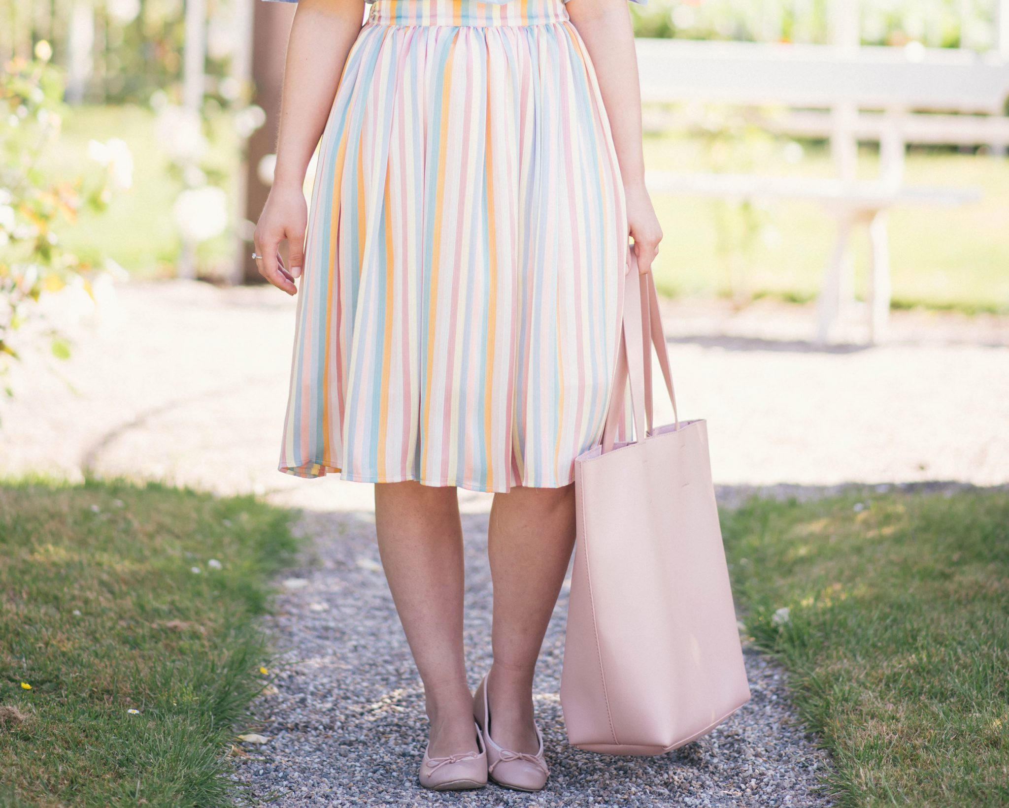 pastel-rainbow-colors-thepetitecat-outfit-inspiration
