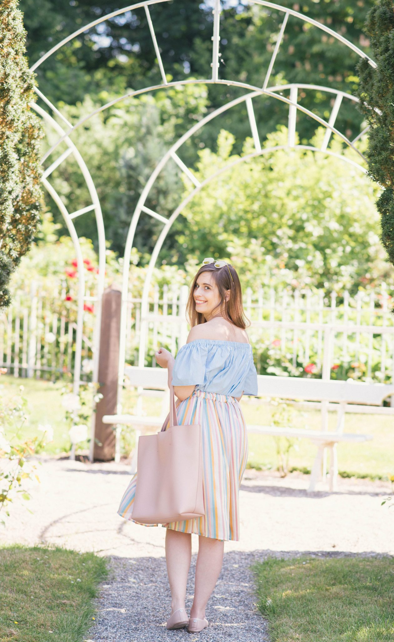 pastel-rainbow-colors-thepetitecat-summer-outfit