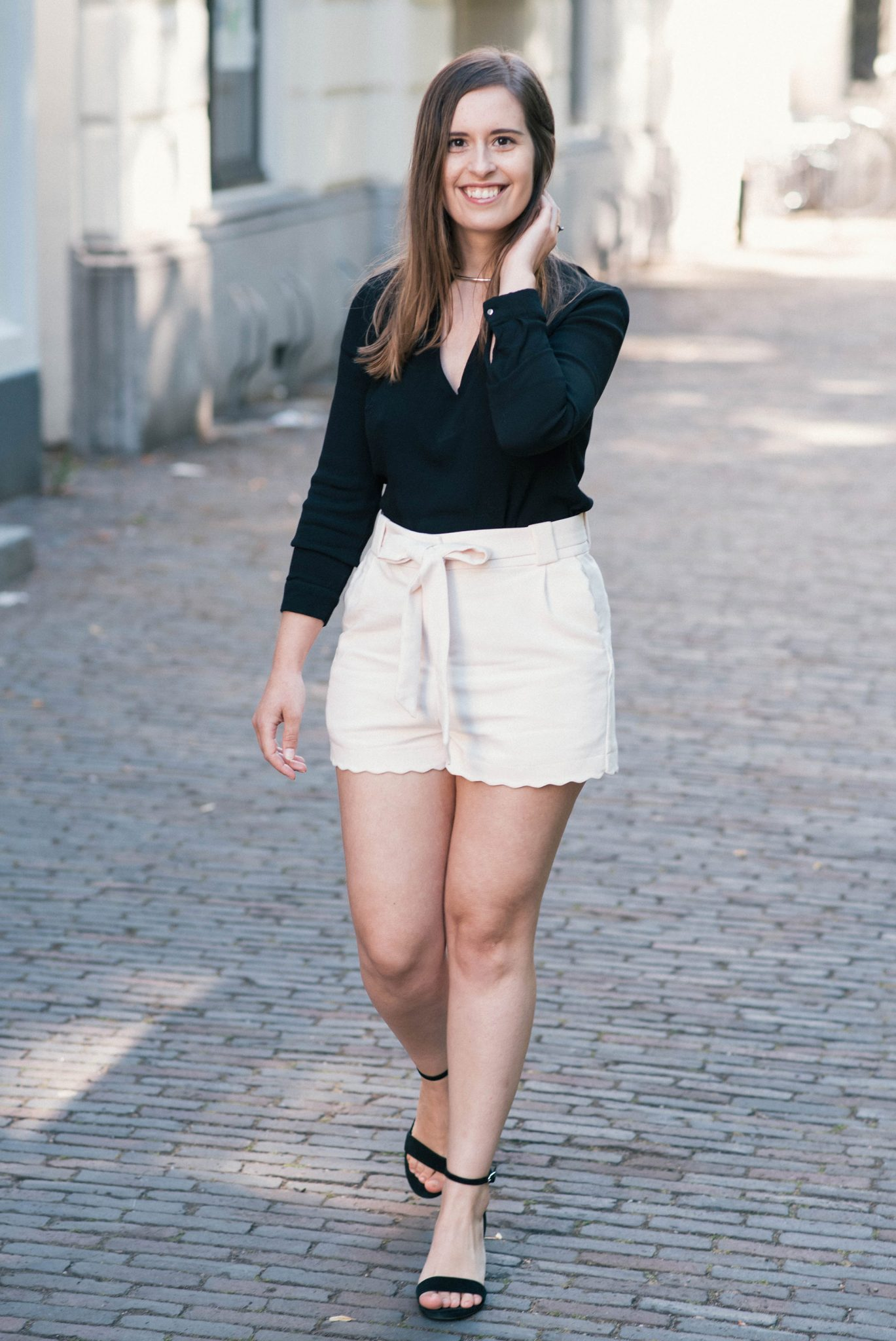 Scalloped-Hem-Shorts-thepetitecat-outfit