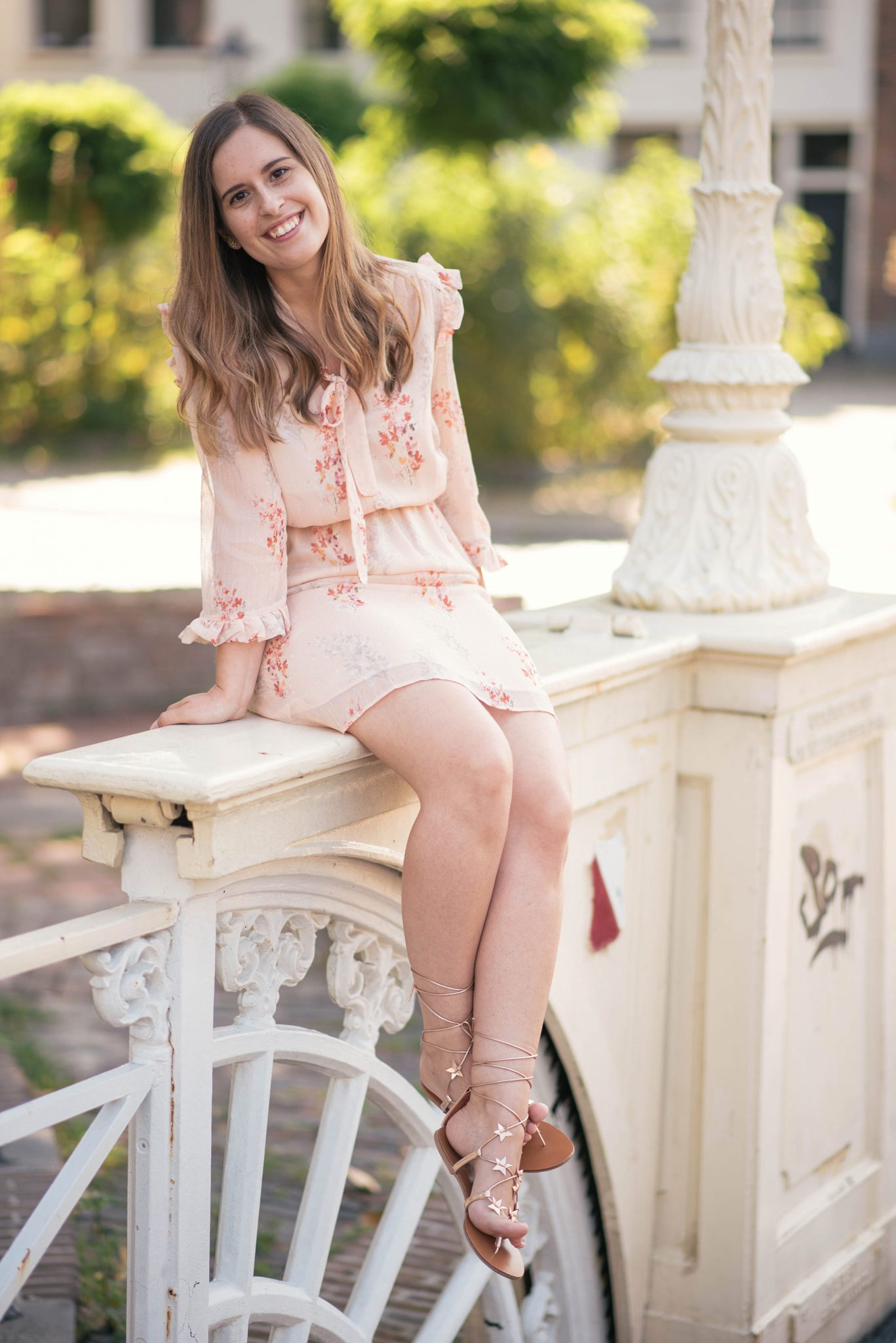 blush-floral-dress-thepetitecat-look