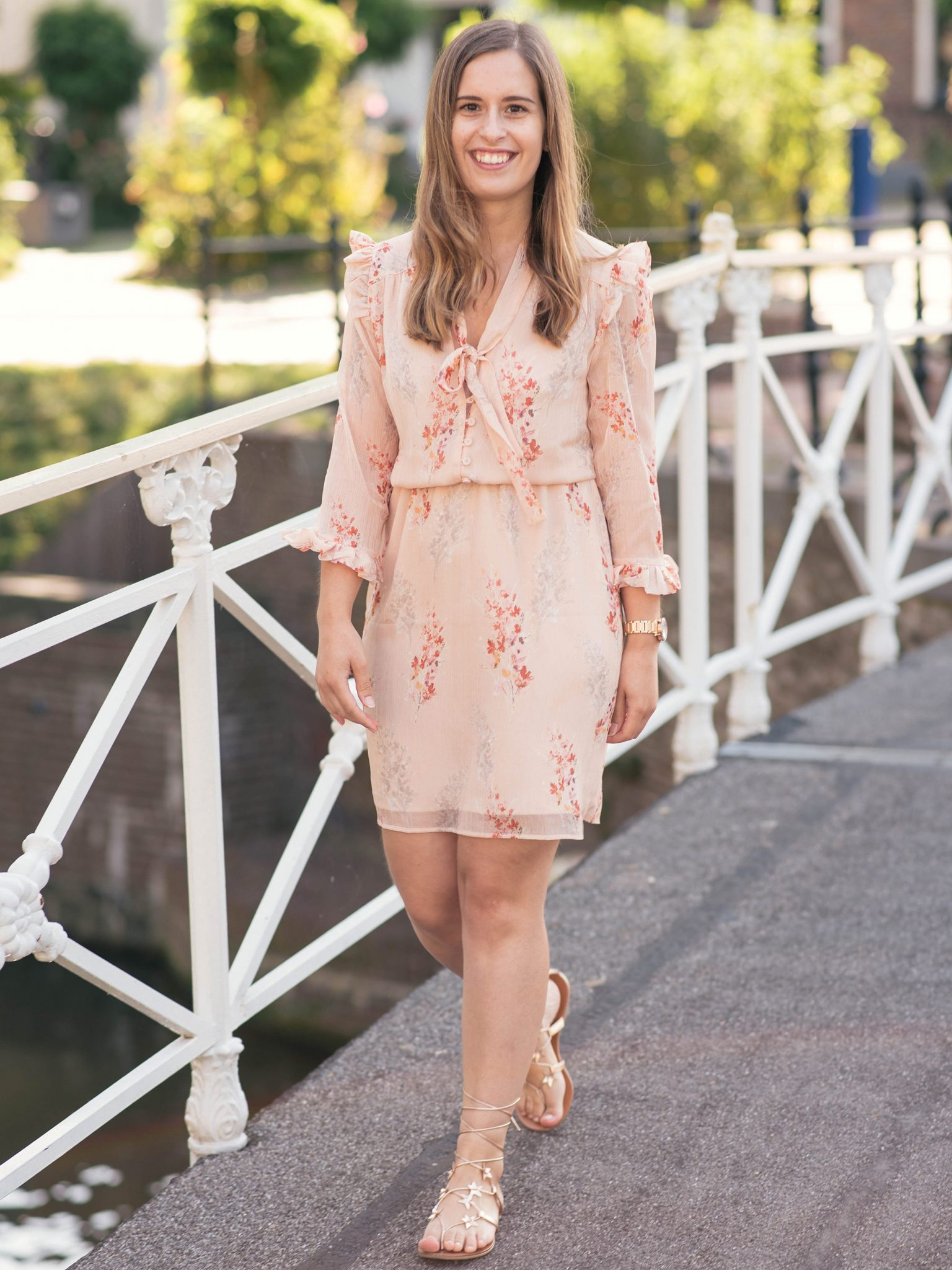 blush-floral-dress-thepetitecat-lookbook