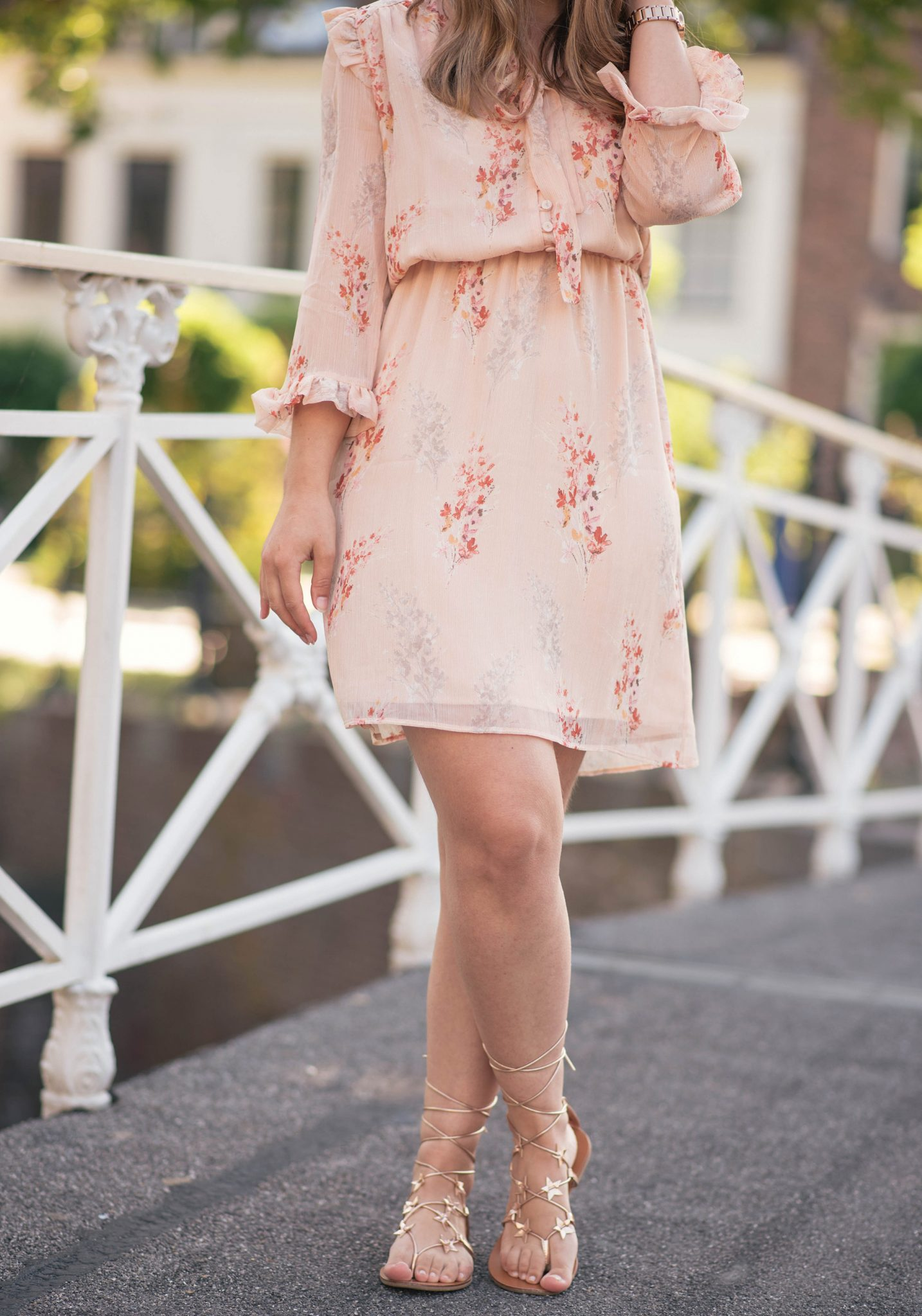 blush-floral-dress-thepetitecat-star-sandals
