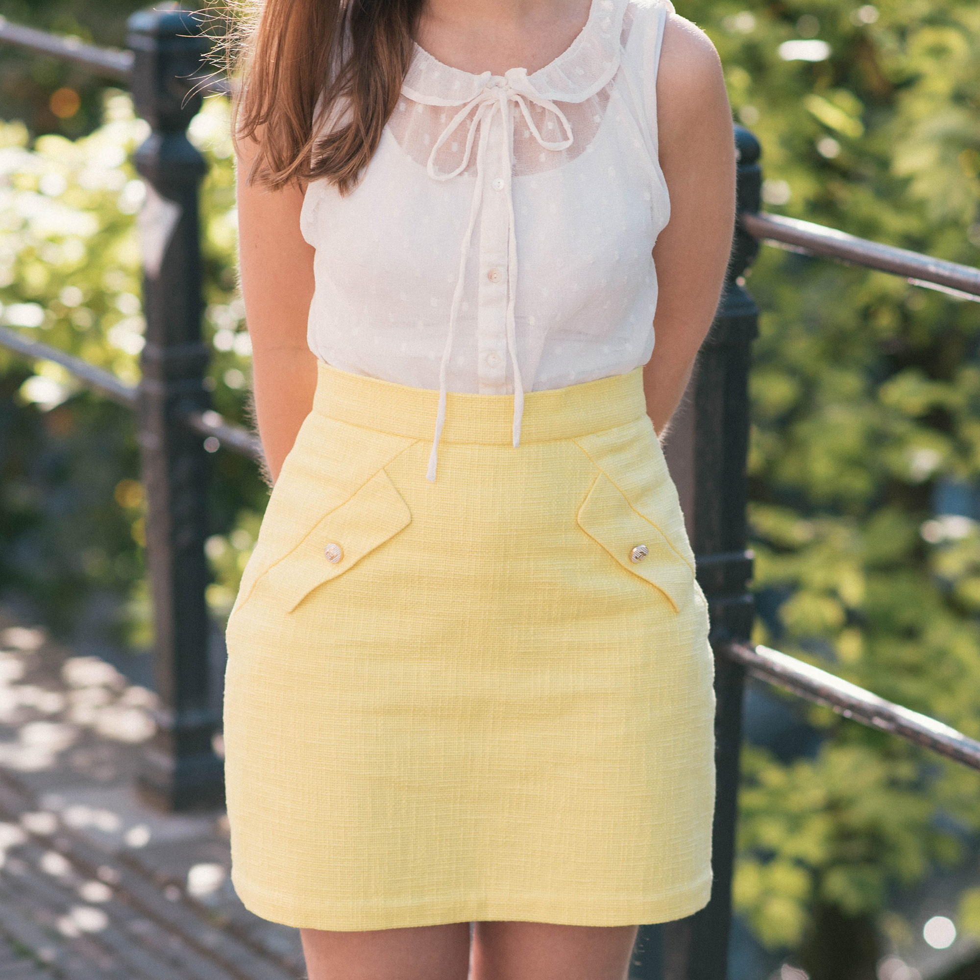 summer-lemon-yellow-thepetitecat-burdastyle-skirt