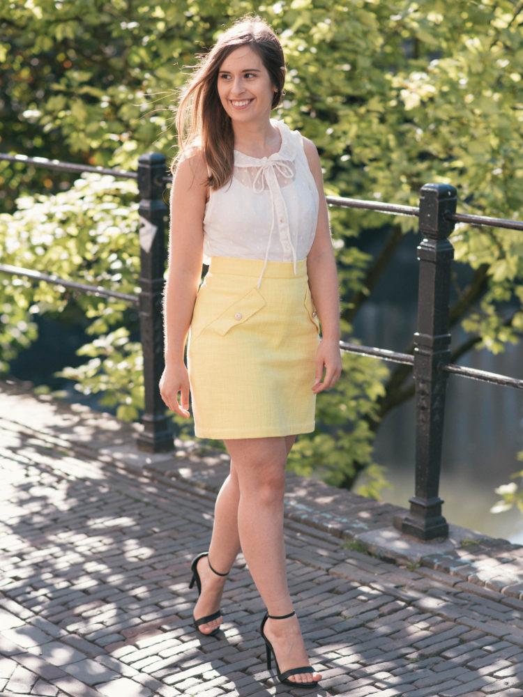 Summer in lemon yellow