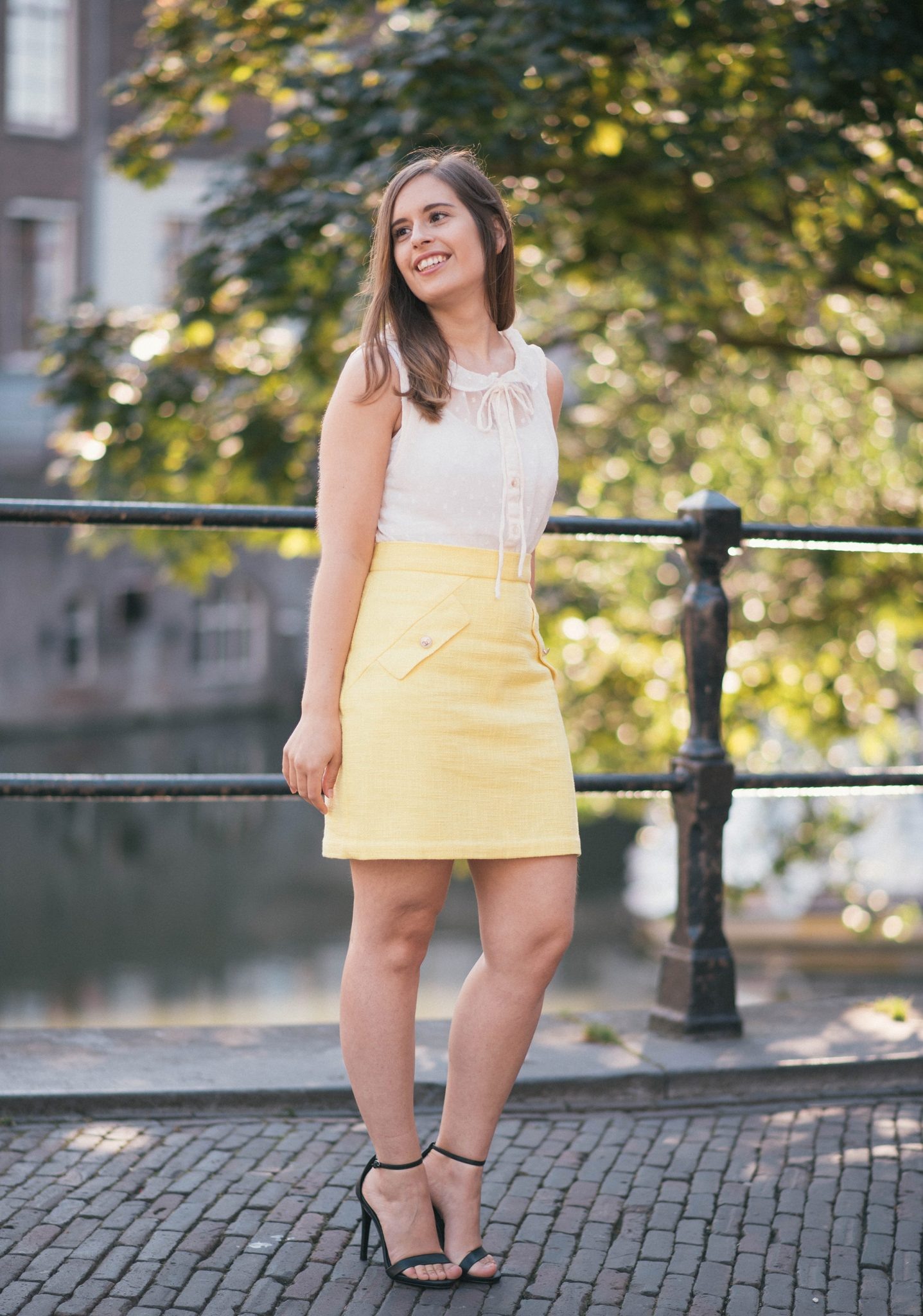 summer-lemon-yellow-thepetitecat-skirt